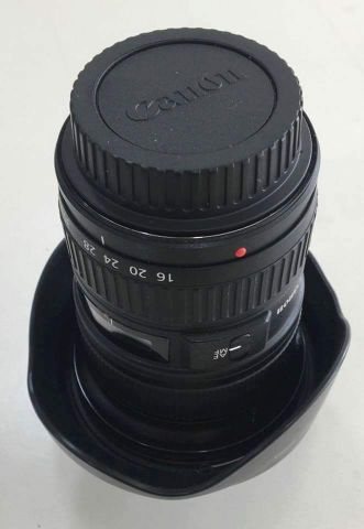 Like New! Canon 16-35mm f/2.8 II