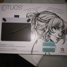 Intuos Drawing tablet