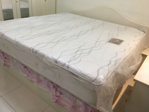 For sale King Size Mattress New