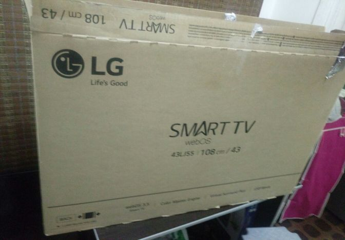 TV LG 43.INCH SMART IN BOX.