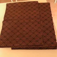 8 pieces placemat - brown color