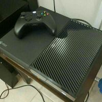 Xbox One + 38 Games