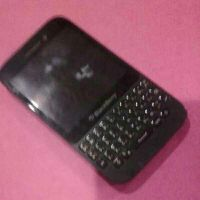 black berry Q5 for sale