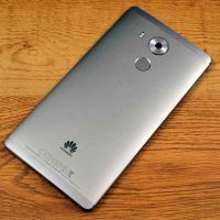 Huawei mate 8 , 3 months used , guarant