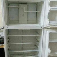 For sale General Electric Refrigerator 4