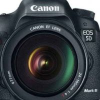 New ! Canon 5d Mark III body only