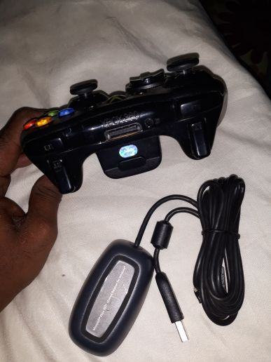 XBOX WIRELESS COUNTROLLER