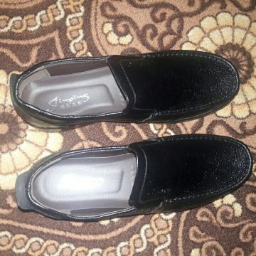 new black shoes never been used before
