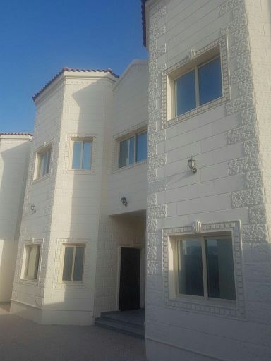 commercial villa for rent in Ain Khaled