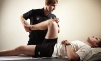 Tunisian physiotherapist with 9 years ex