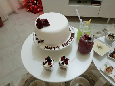 D4Me for special occasions cakes