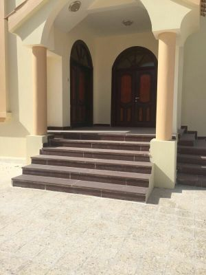 Commercial villa for rent in Markheya