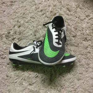 Athletic shoes 41