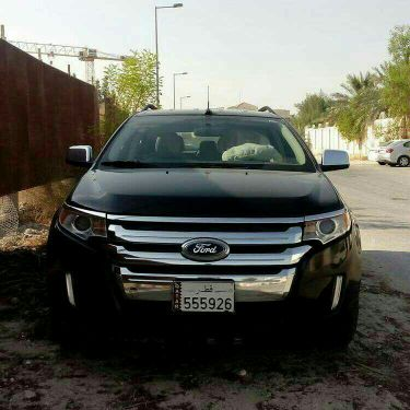 lady driven ford edge 2013
