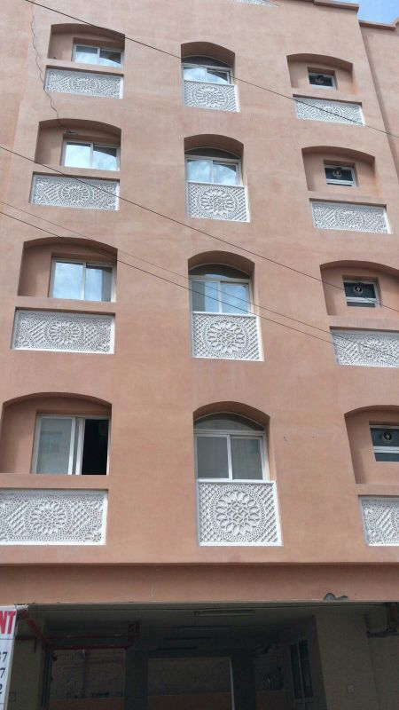 For sale building in Um Golina area 200
