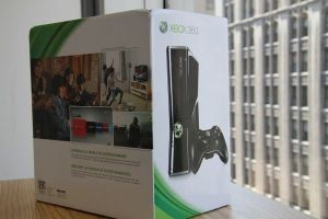 Xbox 360 new never used 4 gb