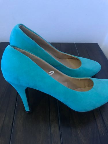 New shoes size 40