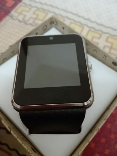 Smart Watch With Portable Charger