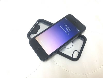 iPhone 5 Matte Black (lady owned)