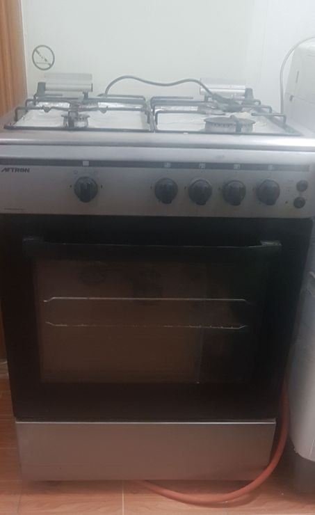 Gas Burner Stove With Automatic Oven