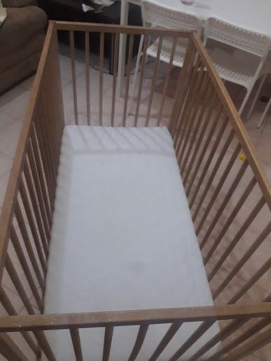 Ikea baby bed for sale good condition