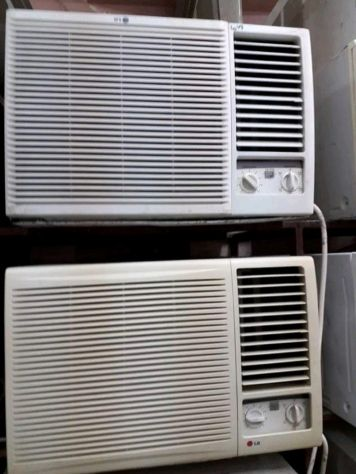WINDOW AC FOR SALE PLEASE CALL 74721738