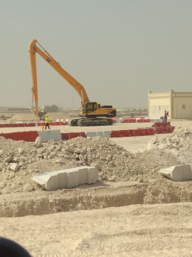 looking for excavator 30-20 ton