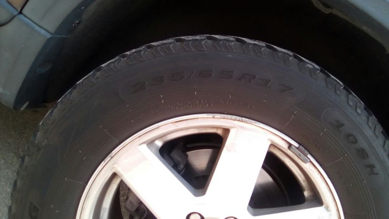 for sale 2 tyres used 235/65/17