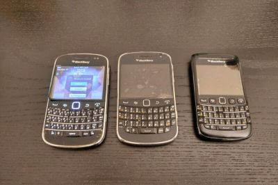 3 used Blackberries for sale