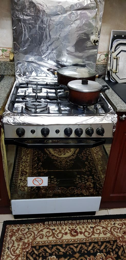 Cooker 4 torch Indesit