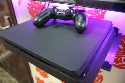 Ps4 slim hacked 1t
