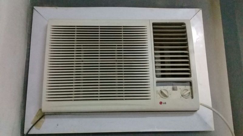 LG a/c for sale 74426713