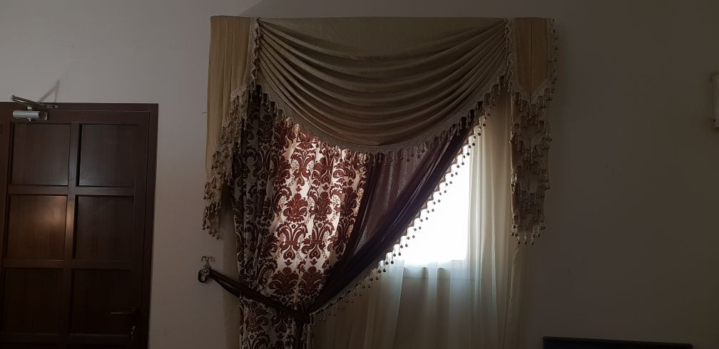 curtain very clean heavy material