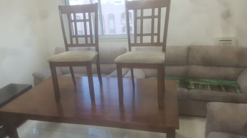 Dining table for sale with 6 chairs