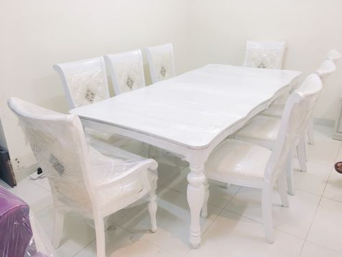 For Sale Dining Table With 8 Cher
