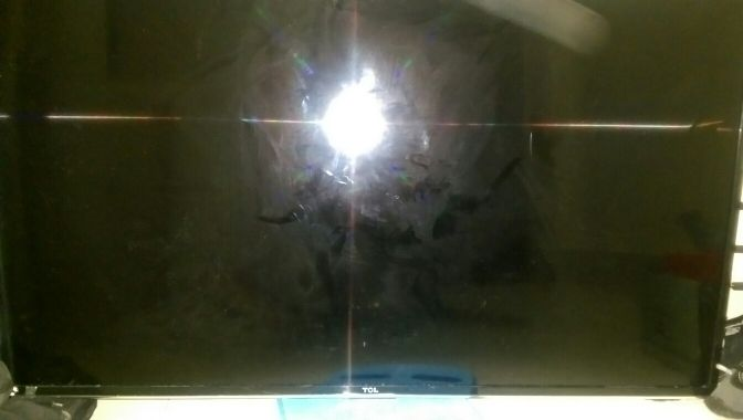 TCL TV 48 inches for sale screen broke