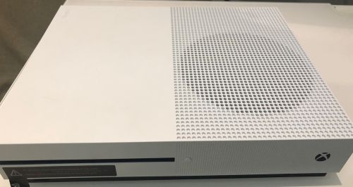 Xbox one for exchange with Sony 4