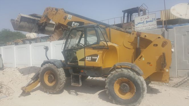 caterpillar TH580B 17 telescope forklift