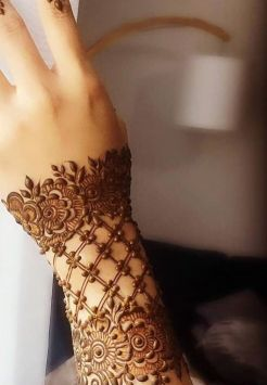 Henna available