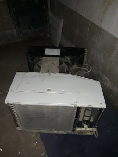 window AC in very good condition
