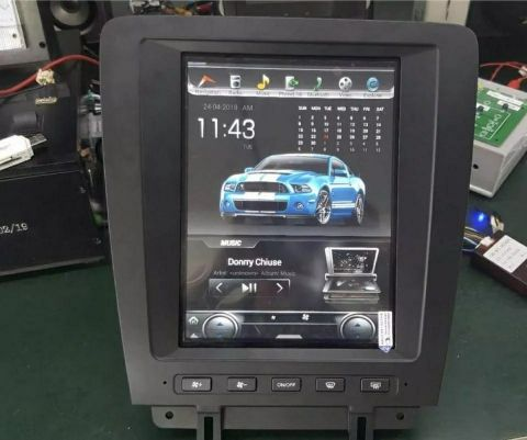 2010-2014 MUSTANG TESLA TYPE SCREEN