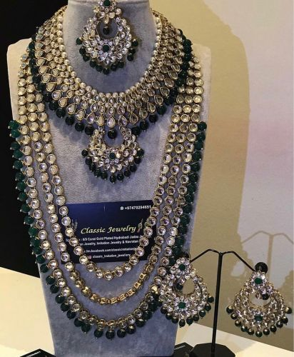 Bridal set by classic jewelry