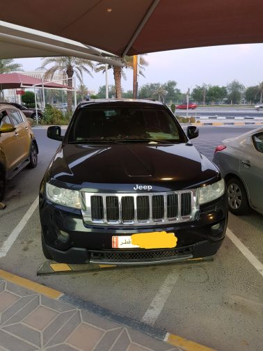 Very clean Jeep grand cherokee for sale