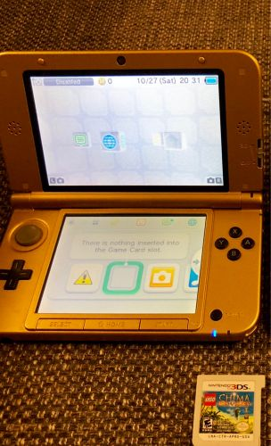 Two Nintendo 3DSXL, Game, Charger