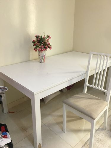 Table from ikea  with 4  chair