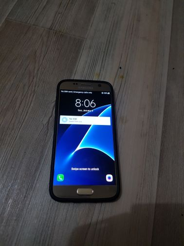 Samsung S7 gold colour