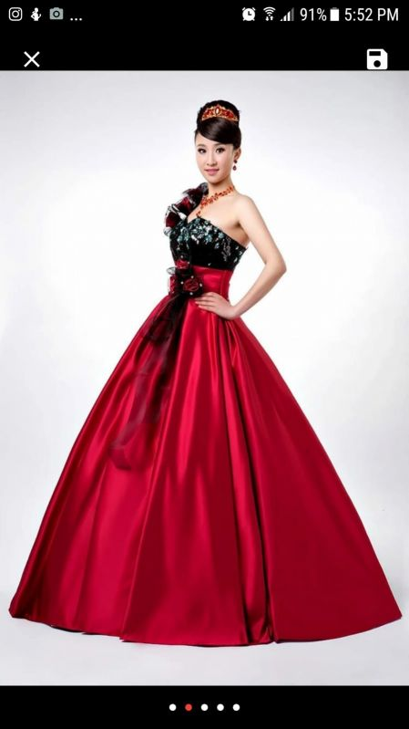 Evening gown brand new for sale