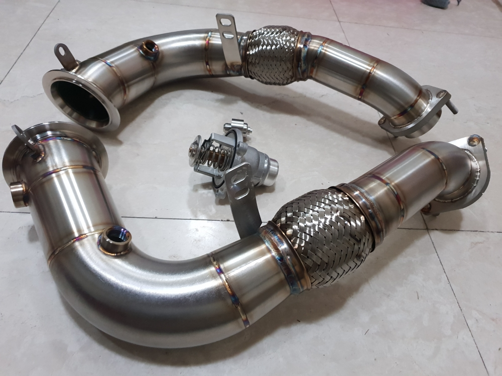 BMW X5, X6  Downpipes with  soft