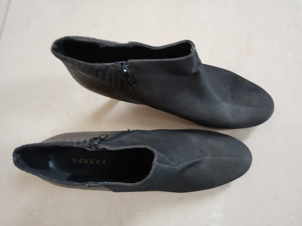 various shoes to sell various prices