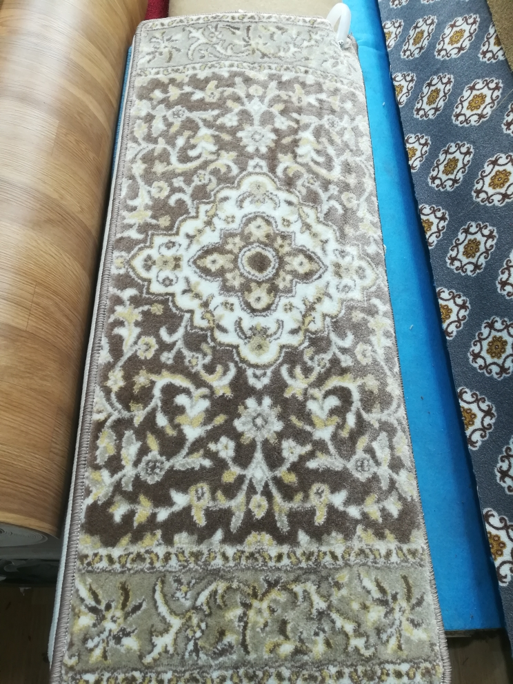 Turkish thick step carpet